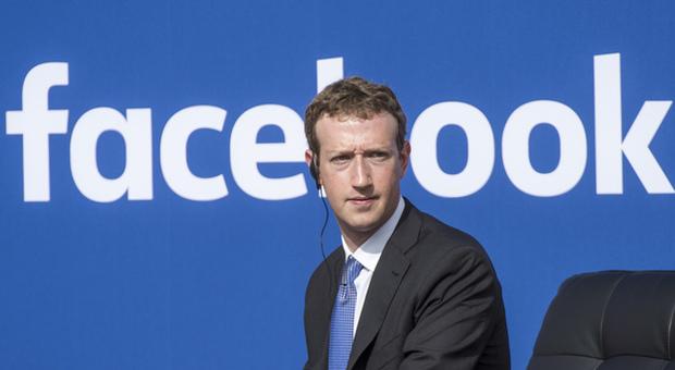 Facebook compie 15 anni, come è cambiato il social network negli anni